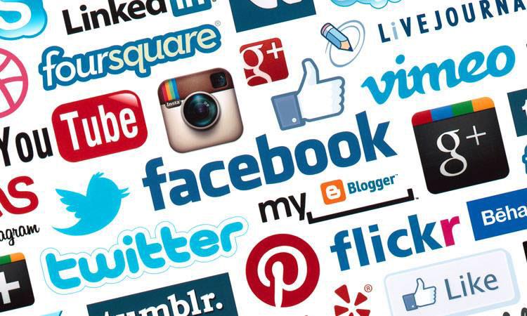 Comment-devenir-un-gestionnaire-de-médias-sociaux